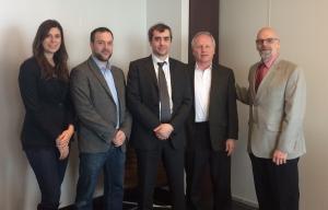 Dans l'ordre habituel, Catherine Rousseau Saine et Pascal Drouin de l'Accélérateur Ecofuel, Jean-Pierre Legris et René Dubord de LITO Green Motion inc. ainsi que Donald Angers du C3E.