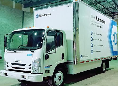 Le premier camion de déménagement 100 % électrique au Canada.